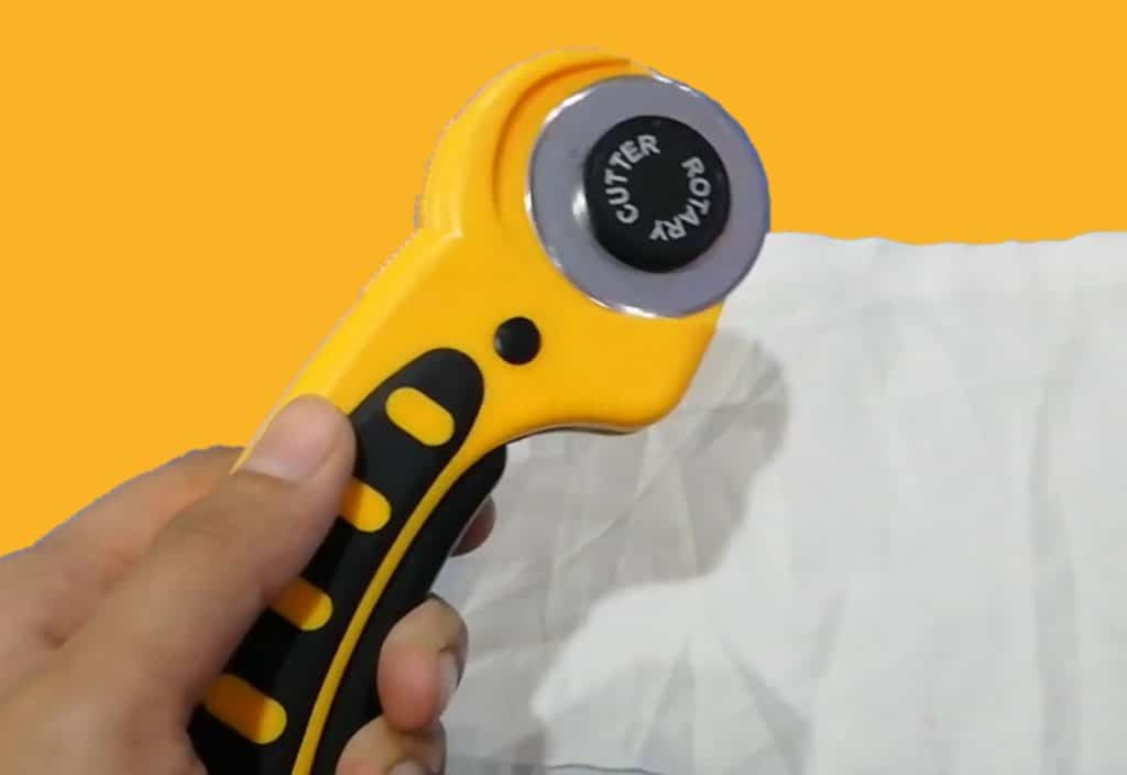 Best rotary cutters for left-handed